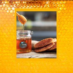 Nous vous souhaitons un excellent week-end ! 🍯🐝  Pour bien le commencer, nous vous offrons un pot de miel issu de notre production dans la cadre de notre parrainage de ruches avec @untoitpourlesabeilles.  Un pot de miel offert pour un minimum d'achat de 19,90€*  Code : MIEL   *dans la limite des stocks disponibles  #untoitpourlesabeilles #abeille #bee #biovetol #moncompagnonbiovetol #petcare #organic #Bio #ecocert #actifsdoriginevegetale #fabriqueenfrance #originefrance #chien #chat #bassecour #petcare #madeinfrance #instadog #instacat #pet #dog #cat #animallover #soin #naturalproducts #abeilles #bees